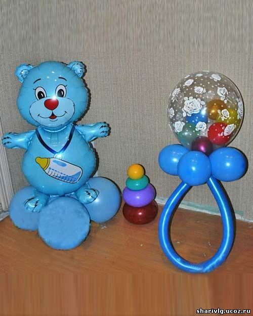Мишка с соской-погремушкой из воздушных шаров